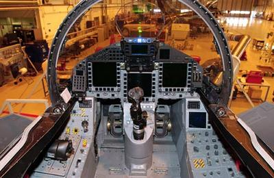 eurofighter-typhoon-cockpit-avion-multi-role