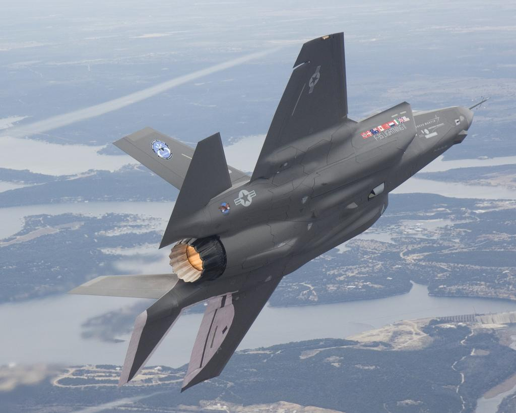 f-35-joint-strike-fighter